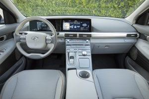Hyundai NEXO Interieur waterstof auto dashboard