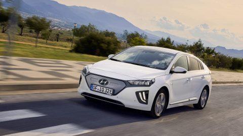 Afbeelding voor Hyundai maakt prijzen vernieuwde IONIQ bekend